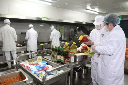 ready to eat meal packing machine