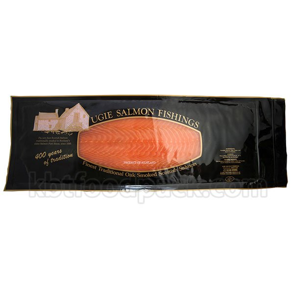 Smoked salmon vacuum packing machine